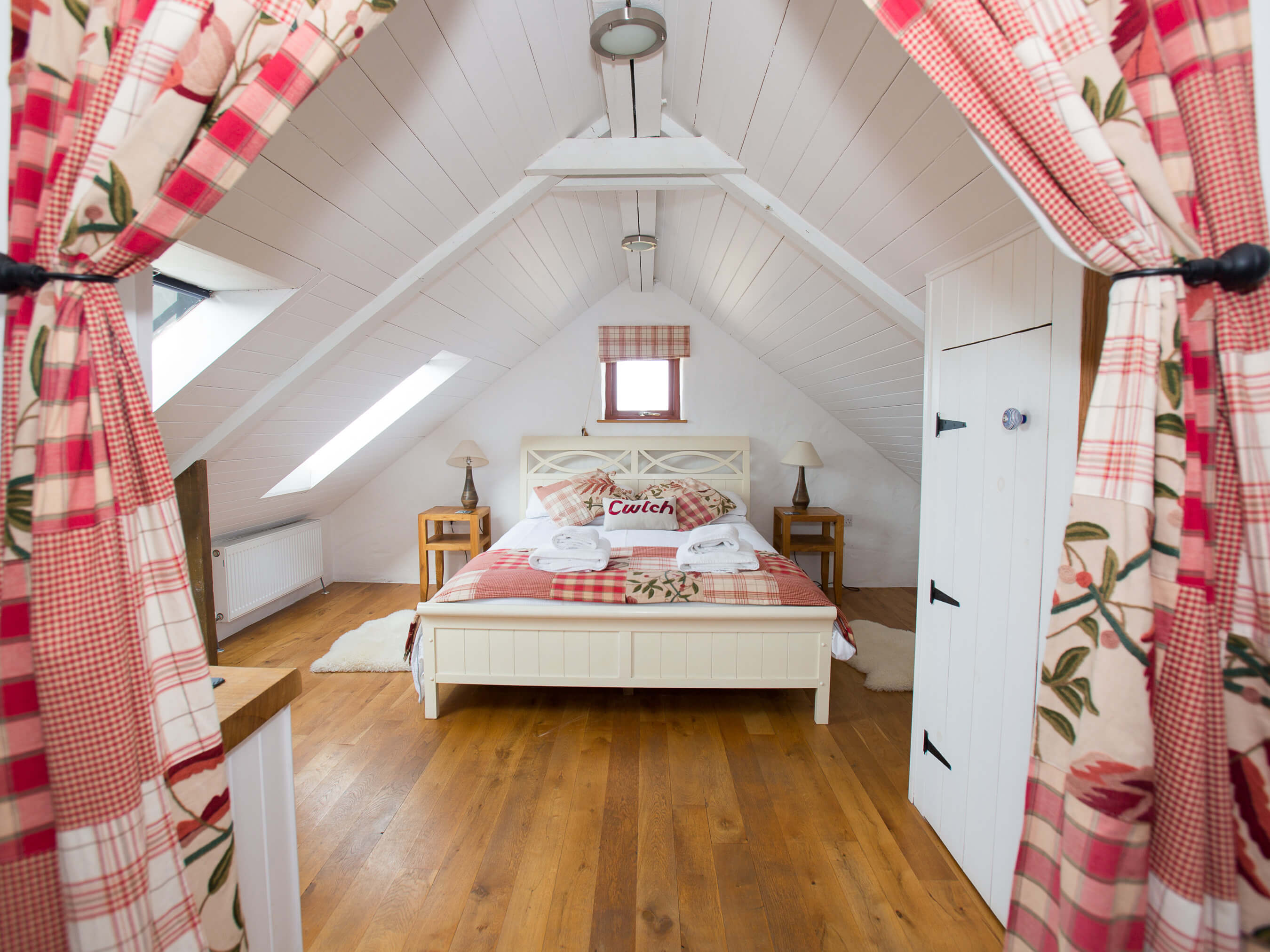 Boia - Porthllisky Farm Cottages